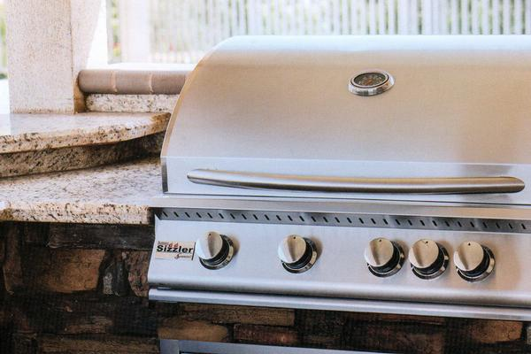 What Sets Summerset Grills Apart?